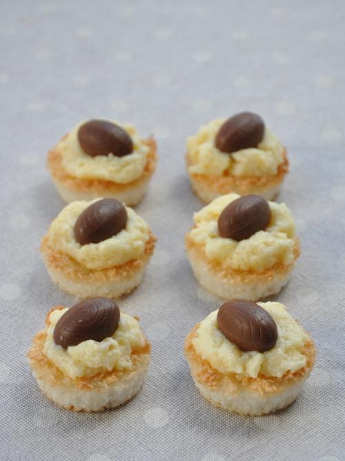 Cestini di Pasqua senza glutine cocco, crema e cioccolato