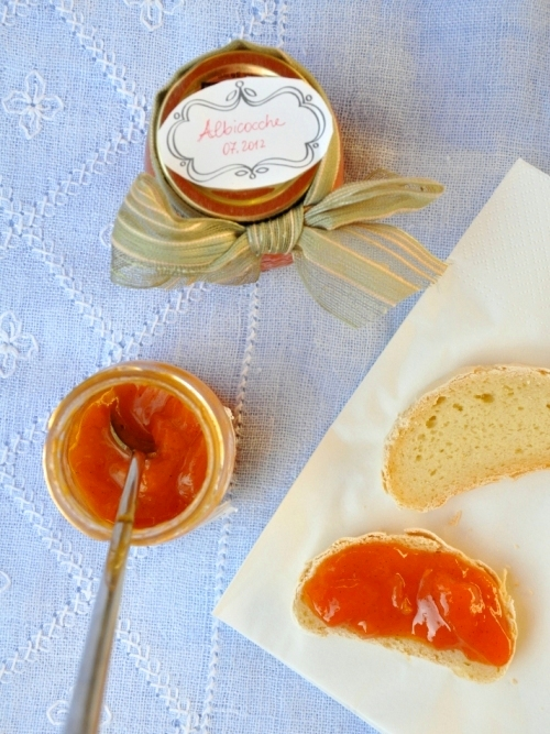 Confettura di albicocche alla vaniglia senza glutine