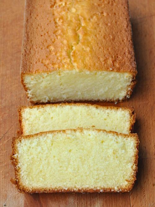 Plum cake senza glutine al formaggio spalmabile