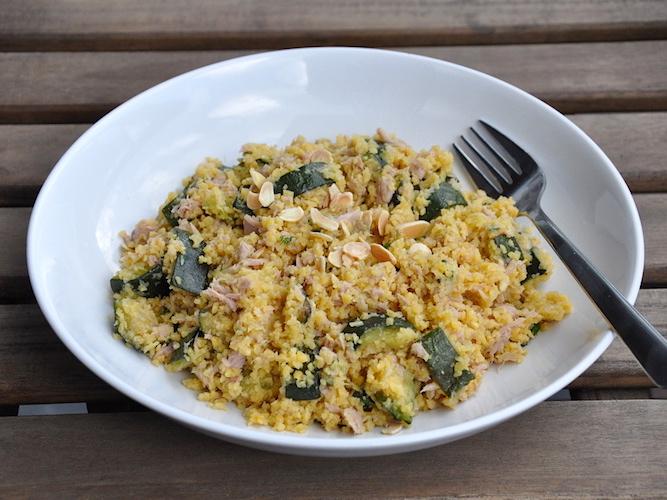 Cous cous senza glutine con tonno, zucchine e mandorle