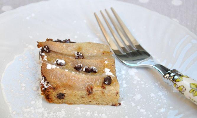 Dolce di panettone, pere e cioccolato