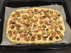 focaccia-senza-glutine-zucchine-speck-cottura