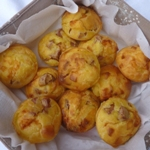 Muffins salati Asiago e wurstel