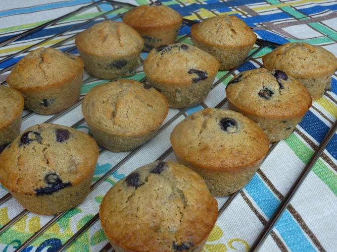 Muffins integrali banana e mirtilli senza glutine