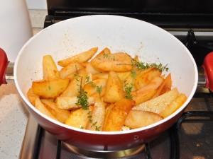 patate-timo-pomodoro-cottura