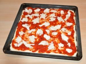 Pizza-senza-glutine-prima-del-forno