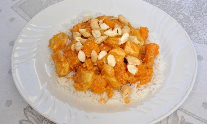Pollo e patate dolci con burro di arachidi