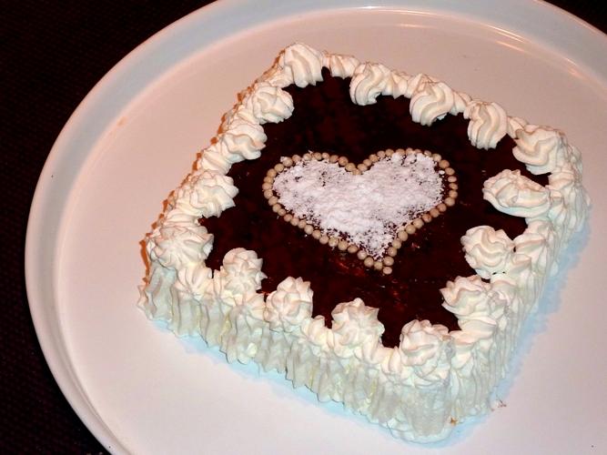 Torta panna e cioccolato senza glutine