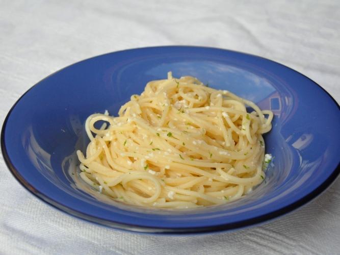 Spaghetti cacio, pepe e lime senza glutine