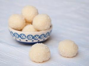 tartufi-al-cocco-e-mandorle (5)