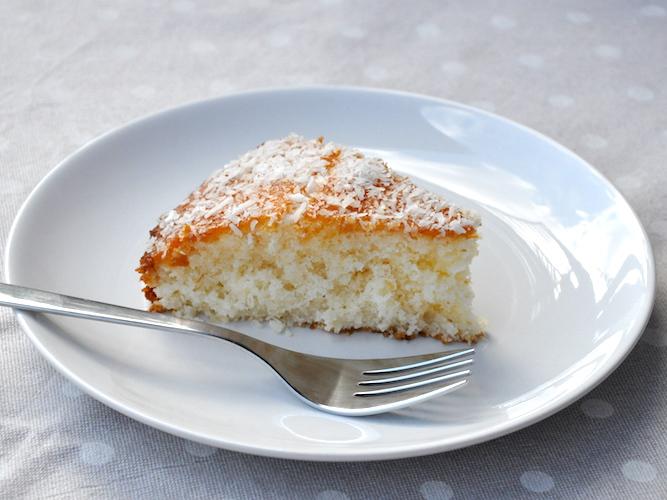 Torta soffice senza glutine al cocco