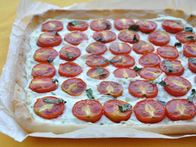 Torta salata ricotta pomodorini basilico senza glutine
