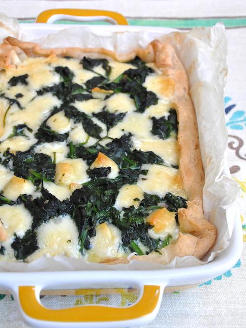 Torta salata senza glutine con caciocavallo e spinaci