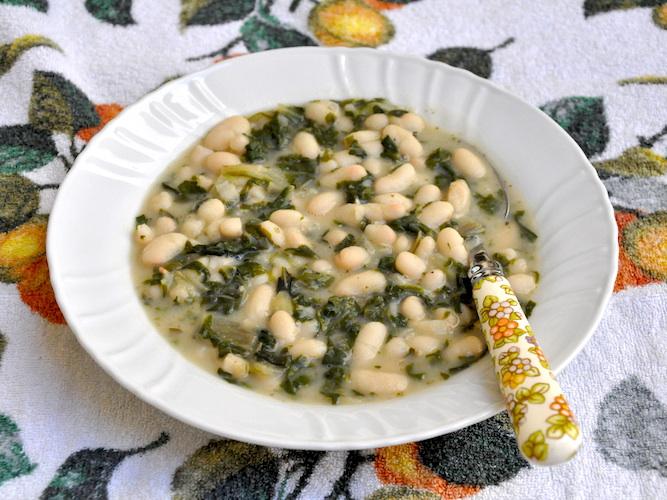 Zuppa velocissima con bieta e fagioli cannellini